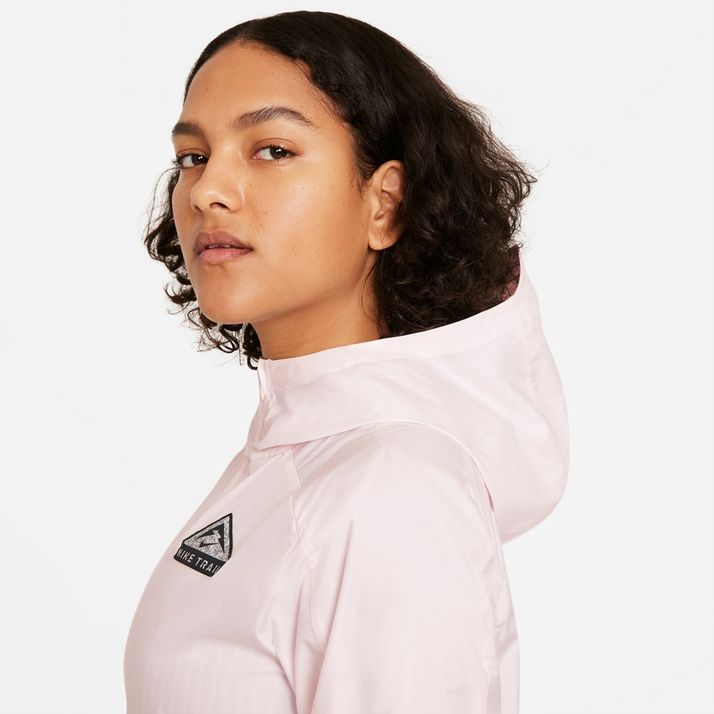 Nike Trail Shield Løpejakke Dame Lyserosa